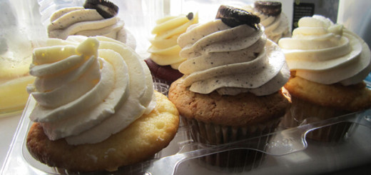 Cupcakes from Curbside Cupcake