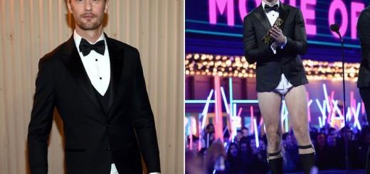 MTV Movie Awards, Alexander Skarsgard presented in his briefs.